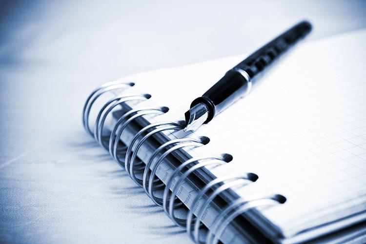 shutterstock 613772411551276681 - Hệ thống quản lý được lập thành văn bản so với Hướng dẫn sử dụng ISO
